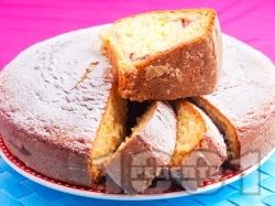 Бърз и лесен кекс / сладкиш с кисело мляко и сладко от смокини - снимка на рецептата